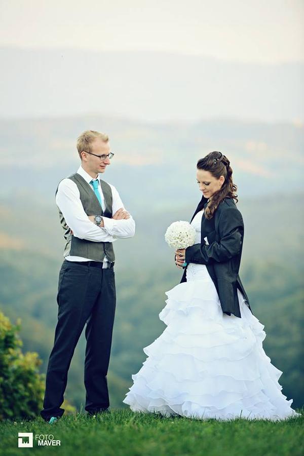 Iris in Luka - poročno fotografiranje