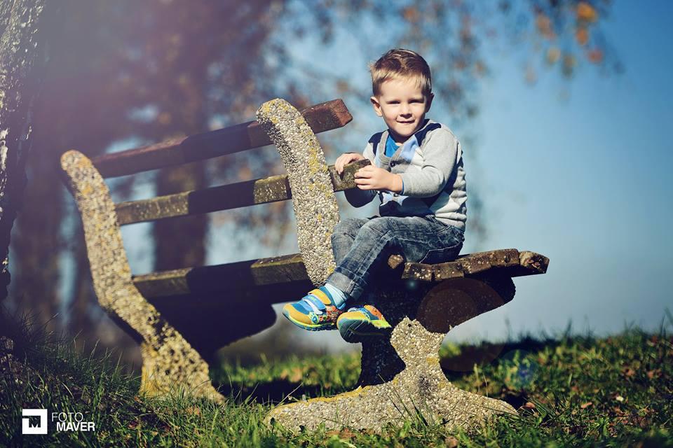 Slikanje otrok v naravi